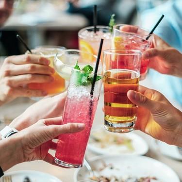 ¿Azúcar o alcohol? qué es peor en tu bebida