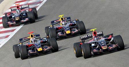 Toro Rosso y Red Bull reforzarán lazos en 2015
