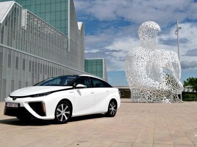¿Es el Toyota Mirai el coche del futuro? Lo probamos para tratar de averiguarlo