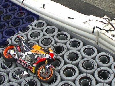 La imagen de la moto de Dani Pedrosa pone el grito en el cielo por la seguridad del Red Bull Ring