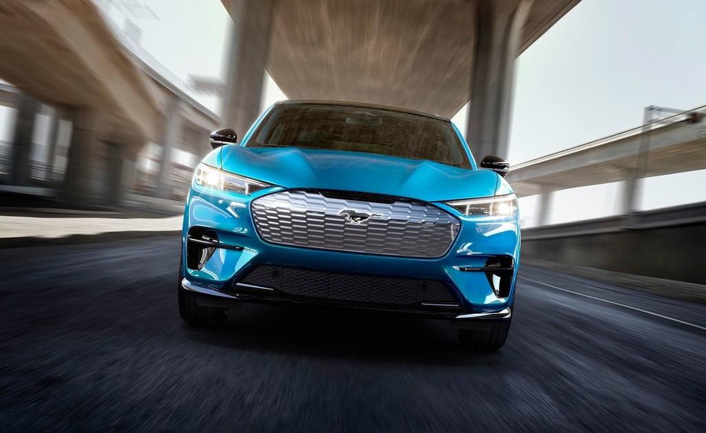 El Ford Mustang Mach-E frente a sus rivales: Tesla Model Y, Jaguar I-PACE, Mercedes EQC y Audi e-tron