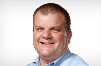 Bob Mansfield deja de formar parte del equipo ejecutivo de Apple