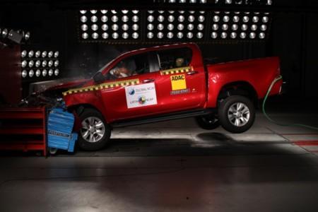 Toyota-Hilux-Latin NCAP