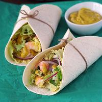 Tacos de langostinos picantes con salsa de aguacate y tahini: receta fácil para la cena