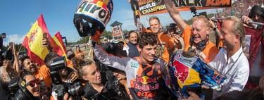 ¡Histórico! Jorge Prado ya es el primer español bicampeón del mundo de motocross con sólo 18 años