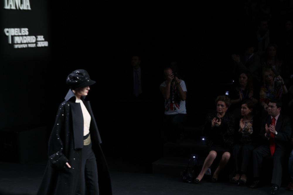 Foto de Jesús del Pozo en la Cibeles Fashion Week Otoño-Invierno 2011/2012 (40/71)