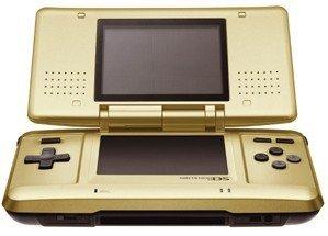 Nintendo DS dorada en Japón