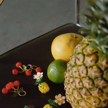 La nueva colección de joyas de Zara es deliciosa: las frutas más apetecibles invaden pendientes, collares y anillos