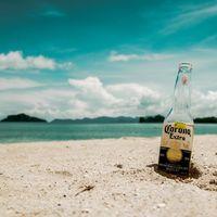 Esta cervecería tiene una nueva iniciativa: Paga tus cervezas con plástico y ayuda al planeta