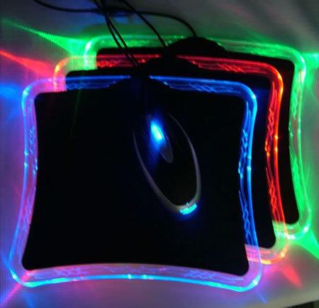 Flexiglow xRaider, alfombrilla iluminada