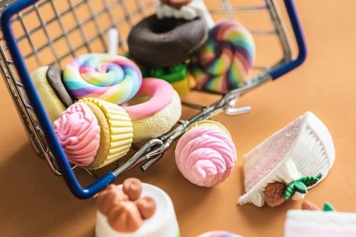 Si quieres bajar de peso, controla el azúcar añadido: así puedes reconocerlo en el supermercado