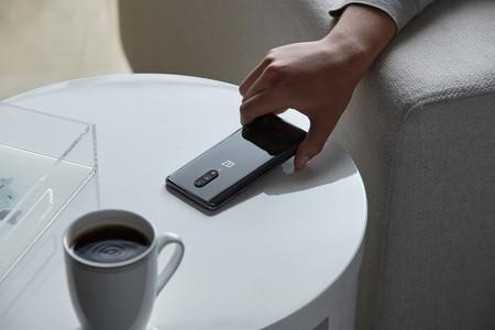 Los nuevos OnePlus 7 frente a los últimos iPhone: las especificaciones con las que OnePlus quiere plantarle cara a Apple