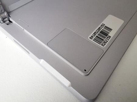 Surface Pro 7 Plus 21