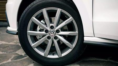 Volkswagen Vento 2020 5