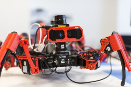 Insectos robot + impresoras 3D = tejiendo estructuras de plástico