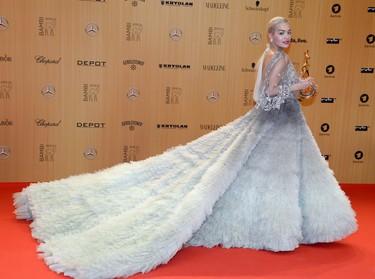 Vestidas de princesa, hasta Rita Ora y Heidi Klum deslumbran en los Premios Bambi