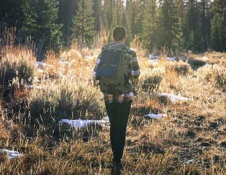 Guía de compra de tecnología para camping o mochileros: 22 accesorios y gadgets para viajes de aventura con mochila
