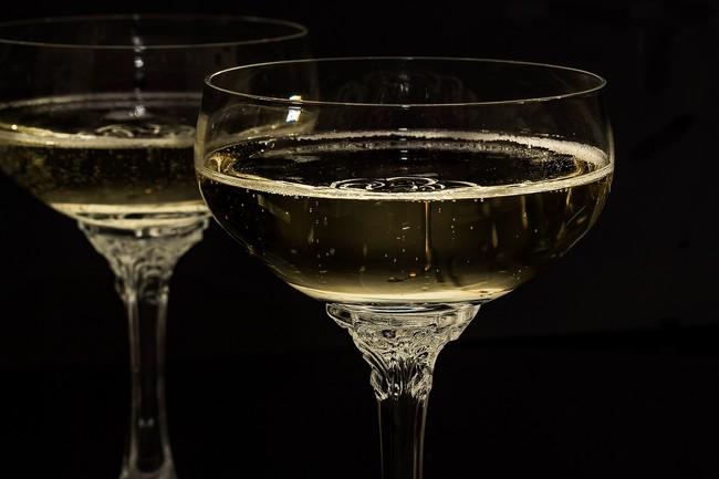 Champagne Glasses 1940262 1280