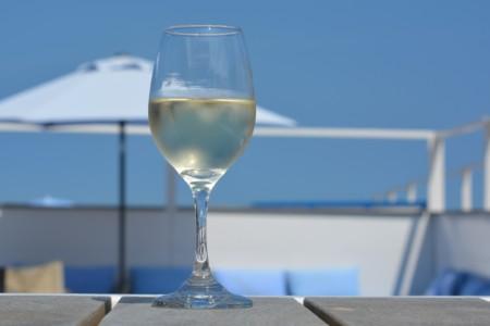 Cuatro magníficos vinos para tomar este verano
