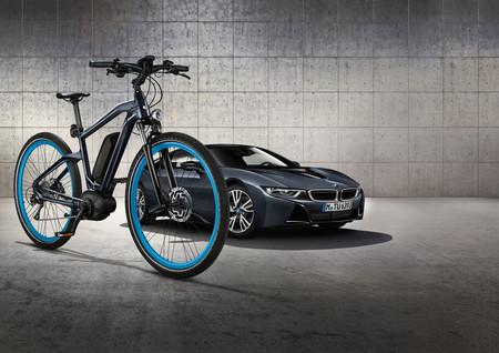 Esta bicicleta eléctrica podría llegar a calmar tus ansias de tener un BMW i8