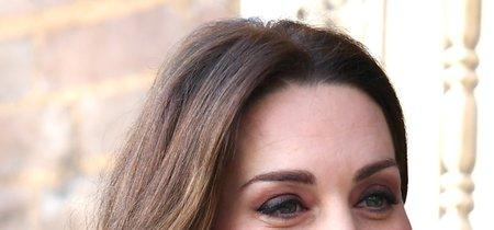 Kate Middleton luce un abrigo de Zara para una salida por Londres... y se agota, of course