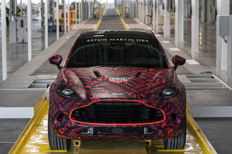 Foto de Aston Martin DBX, preproducción (19/23)