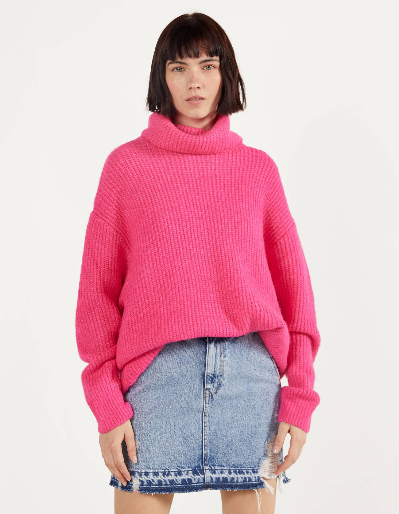 Jersey oversize con cuello alto