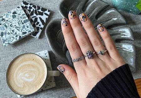 El terrazo queda mejor en las uñas que en el suelo de la cocina y estas nueve manicuras lo han demostrado (y son facilísimas de hacer)
