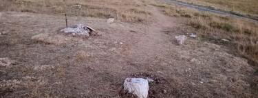 Los caballeros templarios que huían de la persecución dejaron esta espada hundida en piedra como si fuera Excálibur