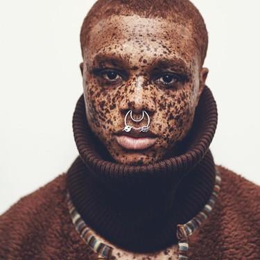 Los hombres también tienen su Winnie particular en el modelo Ralph Souffrant descubierto por Kanye West