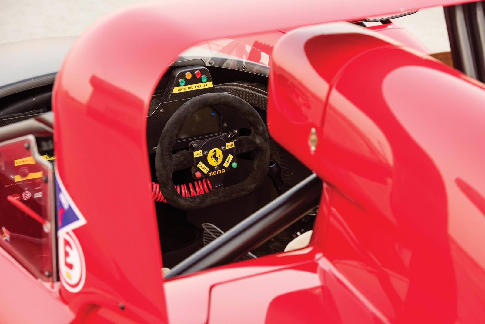 Foto de Ferrari 333 SP de 1994, a subasta (11/24)
