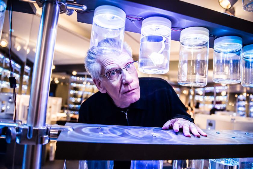 Netflix hará una serie con la primera novela de David Cronenberg y estas son las posibilidades de que sea una gran adaptación