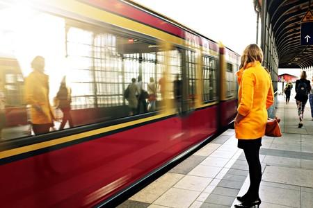 mujer metro