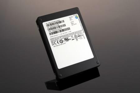 Samsung deja en ridículo los discos duros con su nuevo SSD de 15.3TB