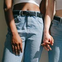 Chollos en tallas sueltas de pantalones, faldas o sudaderas de la marca Levi's en Amazon