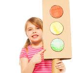 La técnica del semáforo para ayudar a los niños a regular su comportamiento: en qué consiste y cómo ponerla en práctica