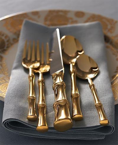 Cubertería de oro para tu mesa