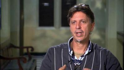 """""""Estamos más conectados unos con otros de lo que pensamos"""", entrevista a Tim Kring"""