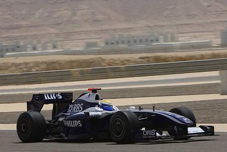 Nico Rosberg en cabeza seguido por Alonso
