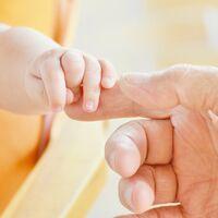Ni permiso de paternidad ni cheque bebé: los Presupuestos dejan fuera medidas estrella para la conciliación de los autónomos