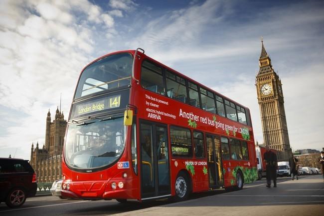 Autobús híbrido Volvo B5TL, en Londres. 2009