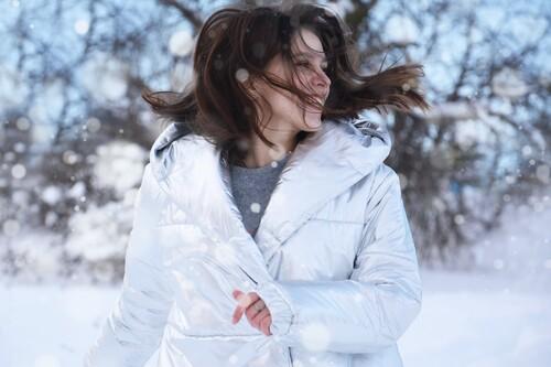 Hasta 60% de descuentos en abrigos y chaquetas The North Face, Helly Hansen o Columbia en El Corte Inglés