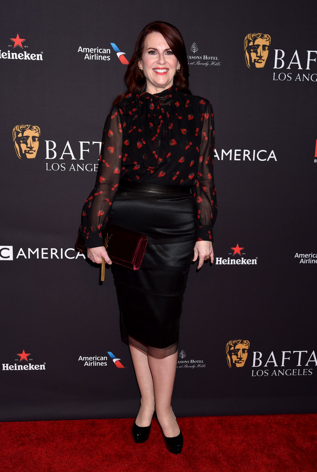 tea party bafta alfombra roja Megan Mullally