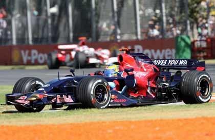 La Scuderia Toro Rosso está a la venta
