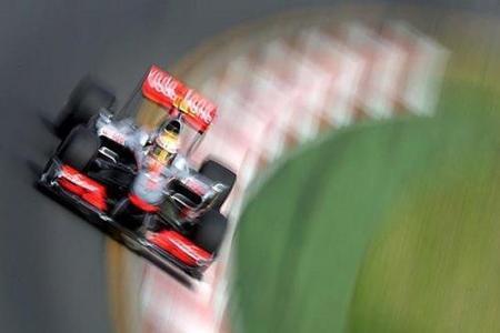 GP de Australia 2010: Lewis Hamilton y McLaren los más rápidos de una húmeda segunda sesión de libres