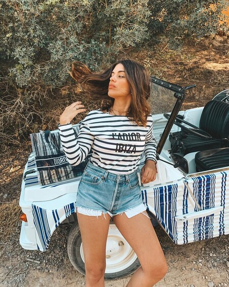 Viajar en tiempos de Covid sin necesidad de salir de casa: las firmas de moda nos ayudan a visitar lugares (en forma de prendas)