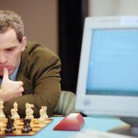 """Kasparov: """"El mundo debería recibir con los brazos abiertos a la inteligencia artificial"""""""