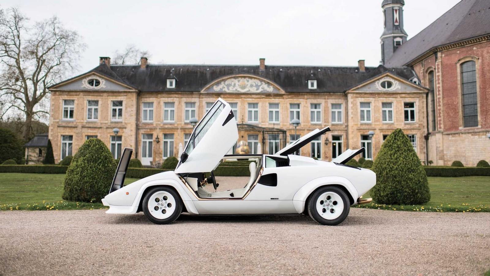 Foto de Lamborghini Countach 5000 QV by Bertone (5/22)