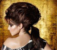 Cheryl Cole, y sus peinados imposibles para Elnett
