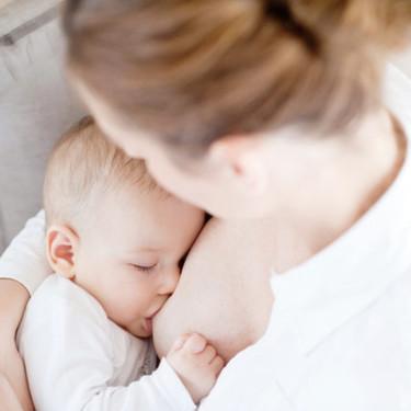 La lactancia materna ofrece importantes beneficios al bebé cuando enferma y le ayuda a recuperarse antes